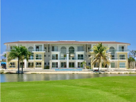 """Lake Village"" Apartamentos Frente a Campo de Golf"