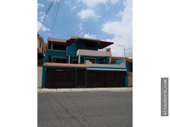 Casa de 573mt2 en Vista Hermosa, Preciosa