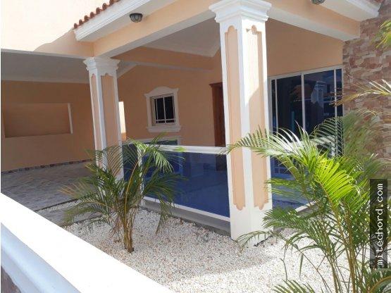 Casa en Venta por la Zona Franca San isidro