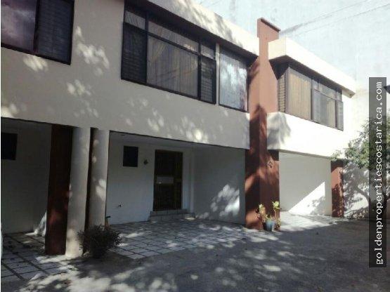 Hermosa Casa en Sabana