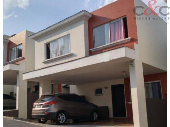 Casa en Venta, Condominio Luces del Encinal