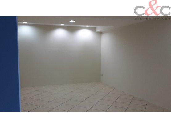 Oficina en Alquiler Edificio Etisa Z. 9