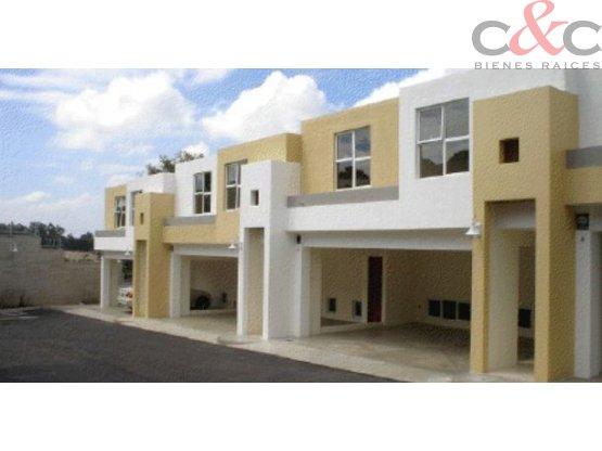 Casa en Venta, Condominio Kanajuyú zona 16