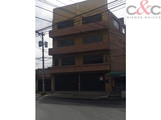 Edificio Industrial en Venta, San Cristóbal