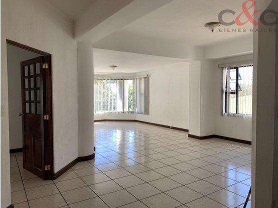 Apartamento en Renta, Real Victoria zona 15