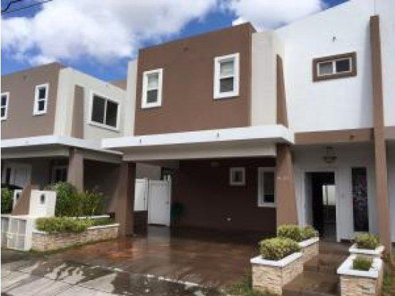 Casa en Venta Brisas del Golf PP17-881