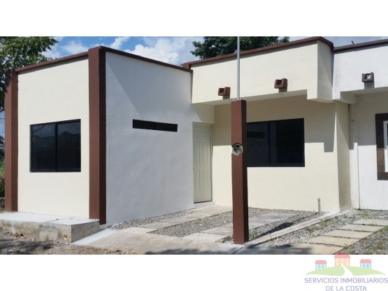 Casa Nueva por Boulevard Akishino