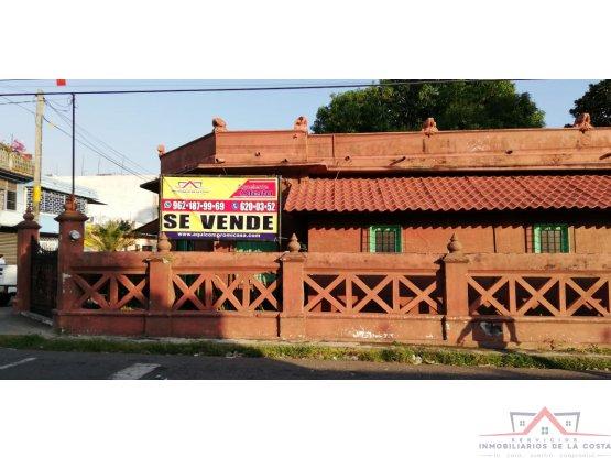 CASA EN VENTA EN 5A NORTE CENTRO TAPACHULA