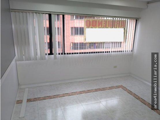 ARRIENDO OFICINA EL LAGO 30m2