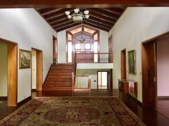 Casa Venta y Alquiler  en  Santa Catarina Pinula