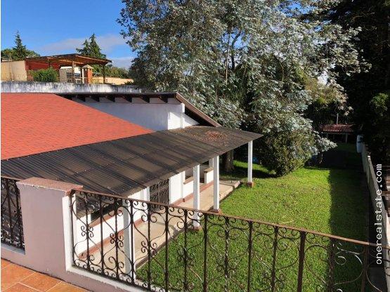 Vendo Casa de 3,900 Vrs en Arrazola 2 GANGA!!