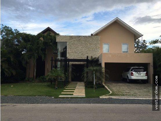 Casa en Punta Cana Village