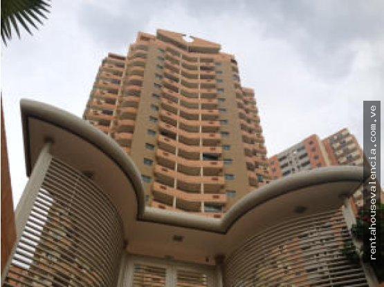 Apartamento venta Las Chimeneas 18-9548RAHV