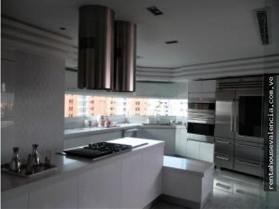 Apartamento en valle blanco Carabobo Cod18-6676