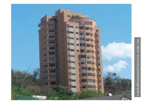 Apartamento en venta en el parral,carabobo.1815040