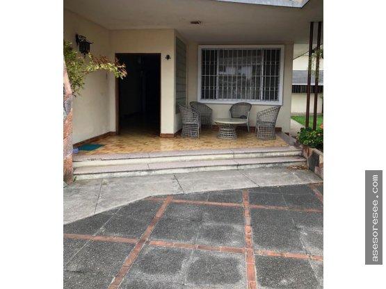 Casa en venta y Alquiler zona 14 muy céntrica