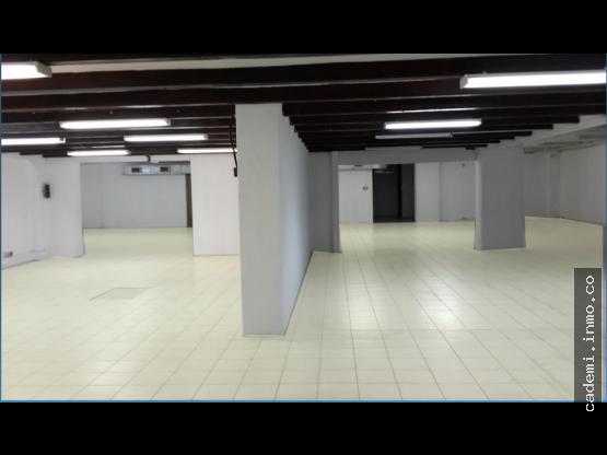 Oficina de 1,412 m²  en Alquiler Zona 10