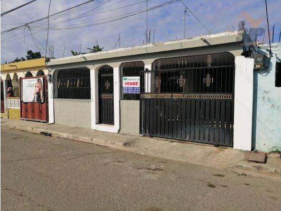 Casa en la aut. De San Isidro
