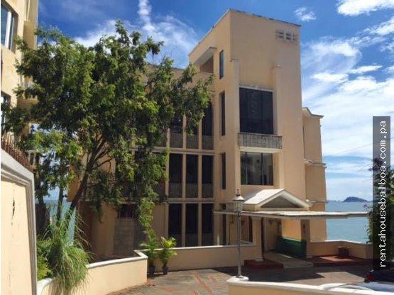 Espectacular Casa en venta en Paitilla Panama
