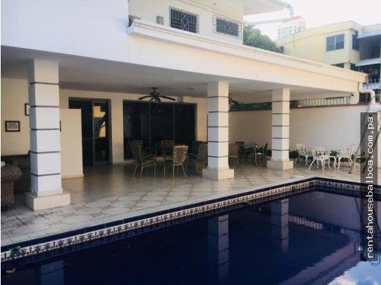 Bella casa en venta en San Francisco Panamá
