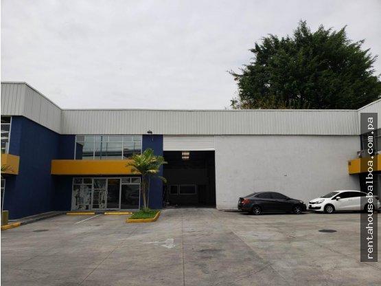 Amplia galera en alquiler Chanis Panama