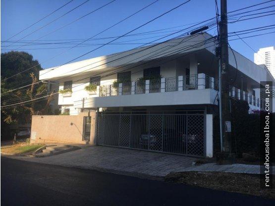 Amplia casa en venta en San Francisco, Panamá