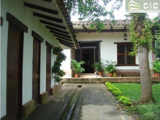 Casa en Venta Circasia 3514