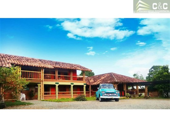 Finca Hotel en venta en Montenegro 4592