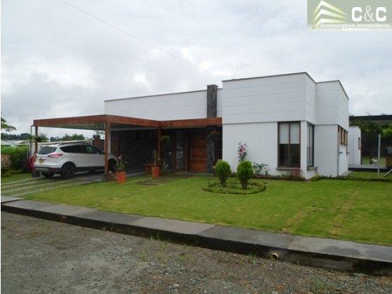 Casa campestre en venta via el Caimo 3435