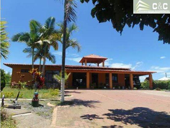 Finca - Chalet en venta via Quimbaya 4517