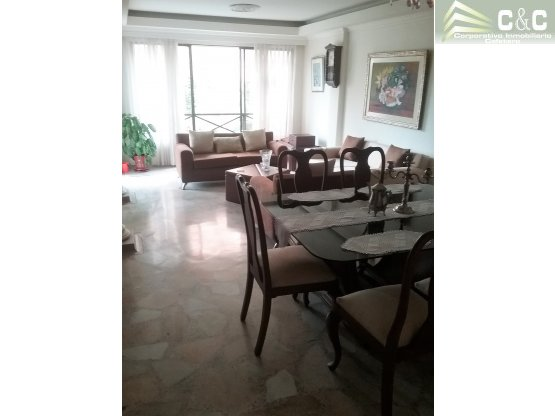 Apartamento en Venta en Laureles  2000-418