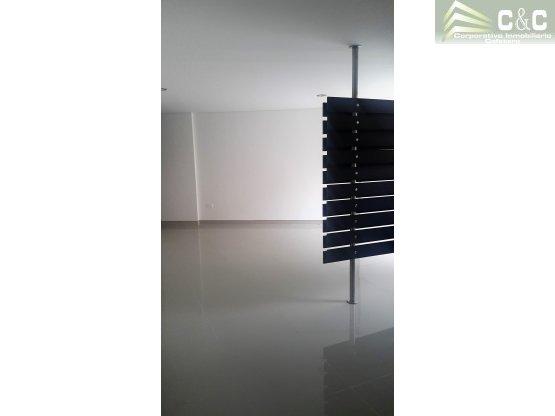 Apartamento en venta en el Norte 2000-431