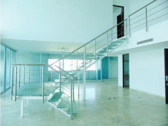 Apartamento tipo loft en Aquamare – Punta Pacífica