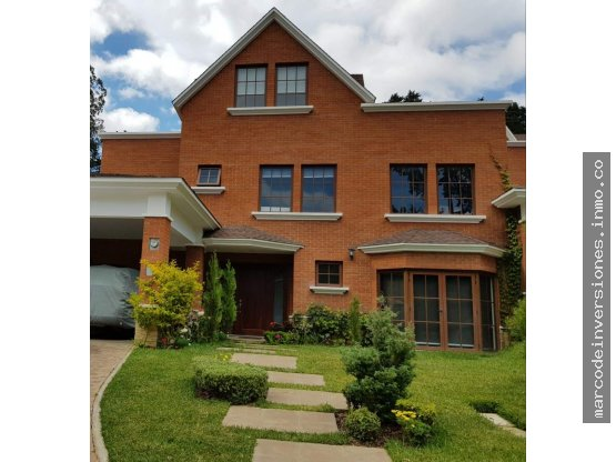 Amplia casa en alquiler y venta km 14.1