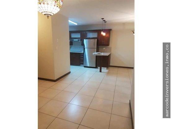 Apartamento en renta en zona 11 las charcas