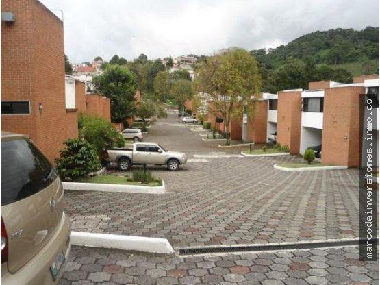 Casa en renta La Montaña zona 16