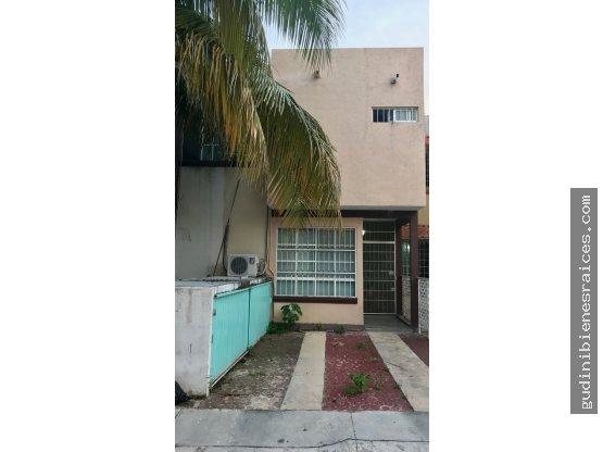 Vendo  casa   usada  en Playa  del Carmen