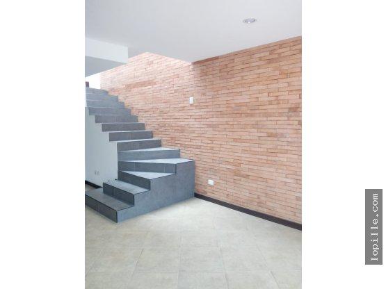 Alquiler Depto. duplex - Parque Demetrio Canelas