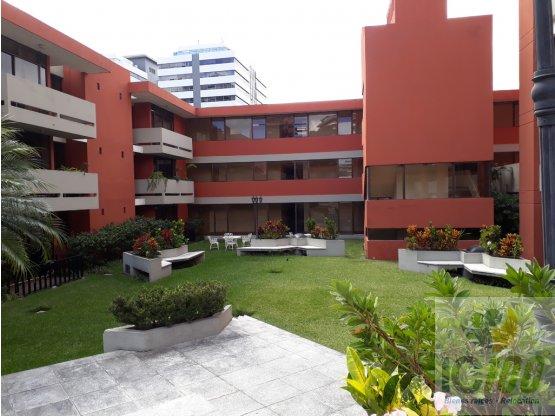 Renta Apartamento en Condominio Zona 10 Guatemala