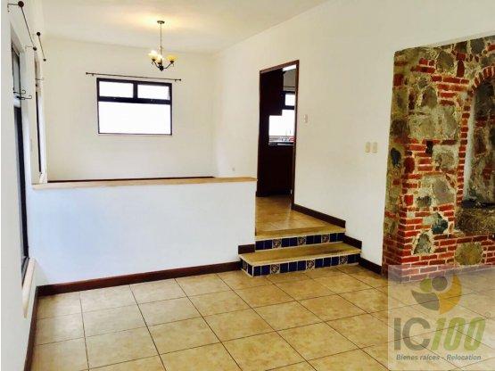 Renta Casa Zona 10, Guatemala