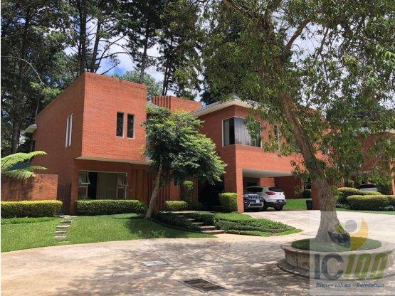 Renta/Venta Casa Muxbal Guatemala
