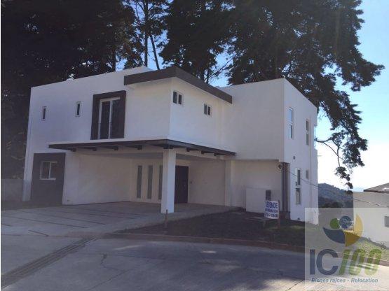 Vendo Casa Km.12.5 Carr. El Salvador Alto Valle