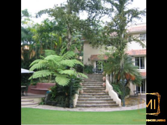 Casa en Arroyo Hondo