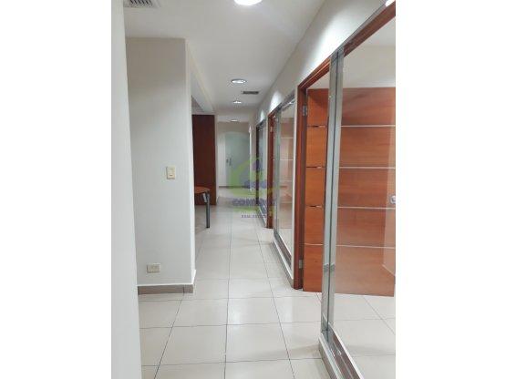 Rento hermosa oficina en el corazón de San Fco #gt