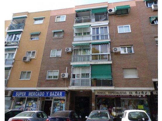 Piso en alquiler Los Rosales (Villaverde), Madrid