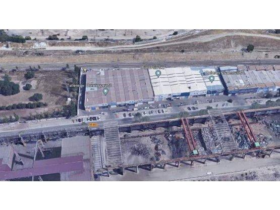 Venta de Nave industrial en San Andres, Villaverde