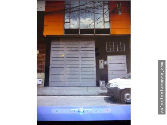 Bodega en Venta en Bogotá D.C.. 3 habitaciones, 159 m2, 105 m2, 300 m2