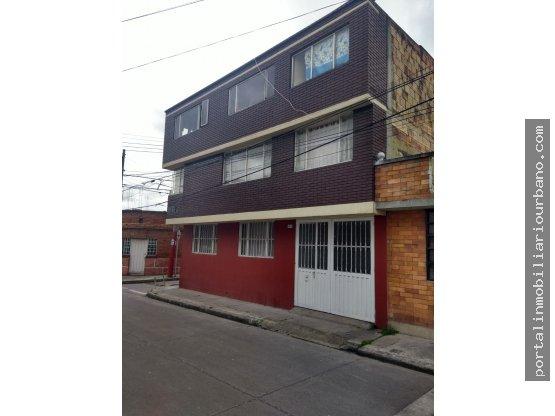 Casa rentable en Venta en fontibon, Bogota