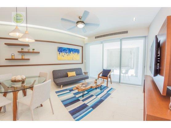 Huge 2-levels 3 bedroom 5 Bathroom penthouse - MR