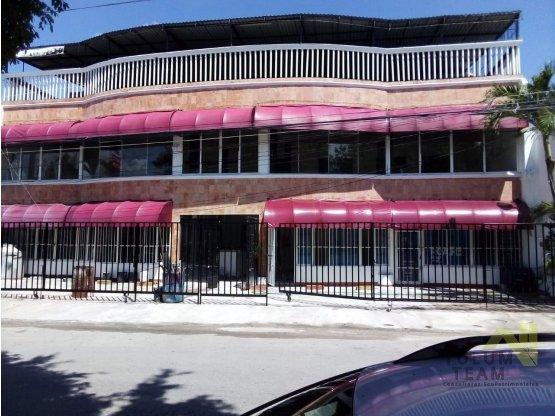 Exclusivo edificio comercial Playa del Carmen